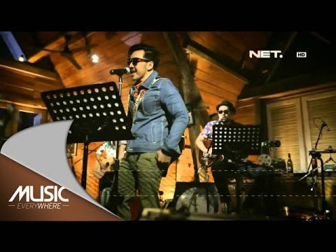 Music Everywhere - Naif band - Hey Jude (The Beatles Cover Version)