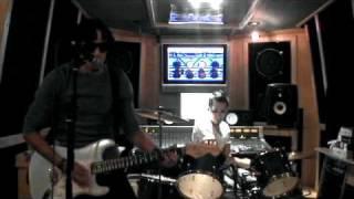 Musicologo & Menes, Los De La Nazza, Daddy Yankee - Llamado De Emergencia (Remix)
