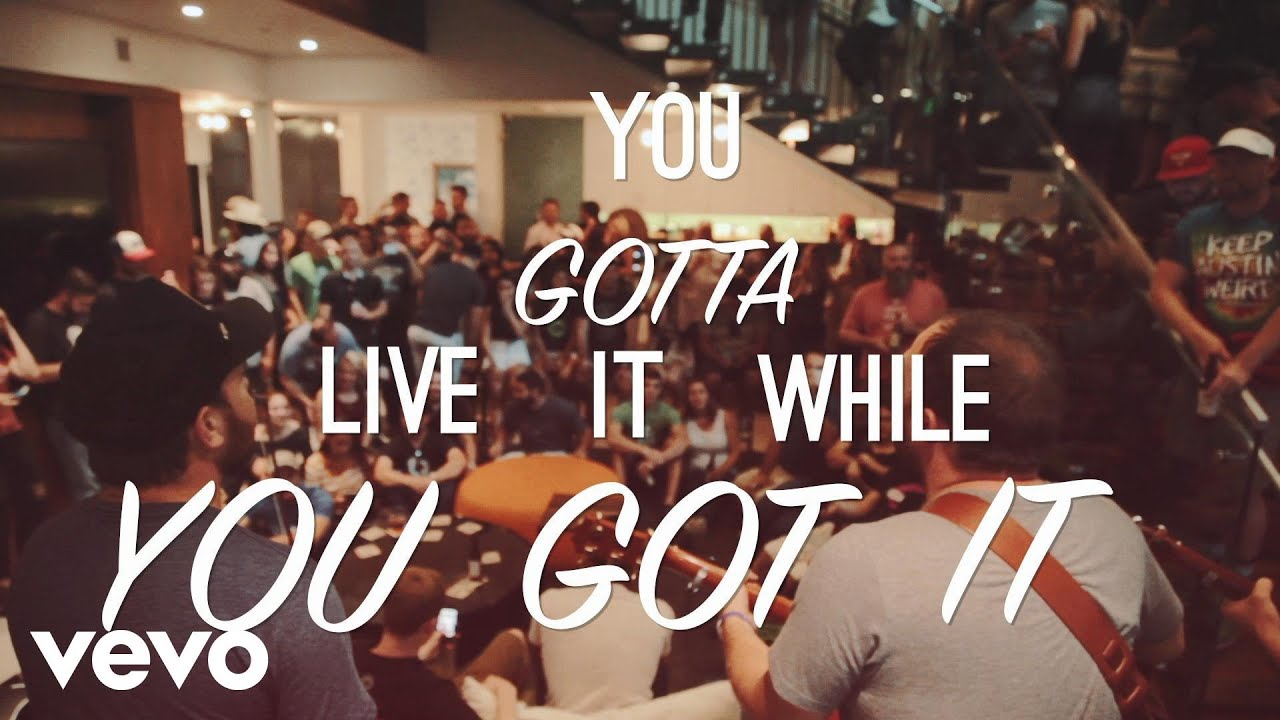 josh-abbott-band-live-it-while-you-got-it-act-1-lyric-video-joshabbottbandvevo