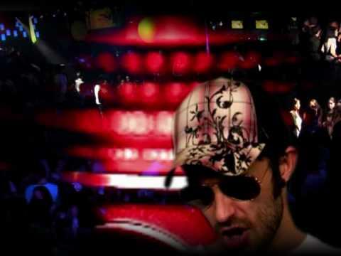 Robbie Moroder feat Henry Mendez - Subete La Falda (Official Music Video)
