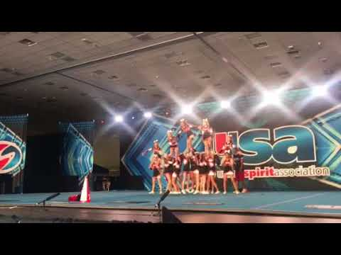 Pleasanton Middle School 2018 Nationals cheer competition