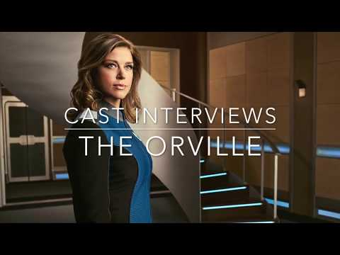 THE ORVILLE SEASON 2: Adrianne Palicki on fighting, romance and singing karaoke!