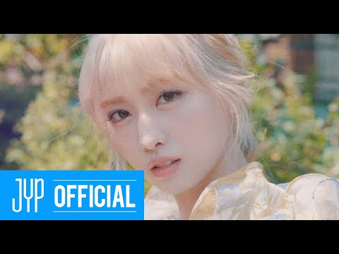 "TWICE ""MORE & MORE"" CONCEPT FILM MOMO"