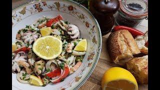 Итальянский салат из осьминожек и морепродуктов