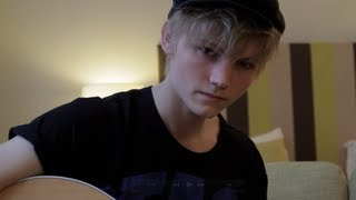 Ulrik Munther - Glad I Found You (Acoustic)