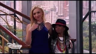 Jessie - Il piccolo rinfresco di Zuri - Dall'episodio 98
