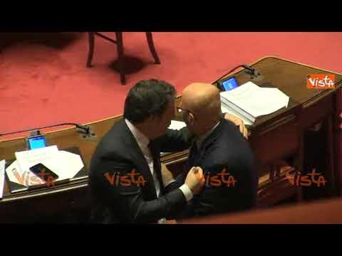 """Decreto Genova, tensione al Senato, le opposizioni contro Toninelli: """"Fuori, fuori"""""""