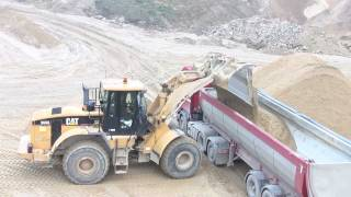 Cat 966G II Loading Scania R500 V8 Trucks