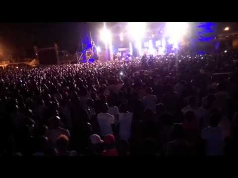 Stanley Enow live at Club in Douala Cameroon with Wizkid 26/03/2016