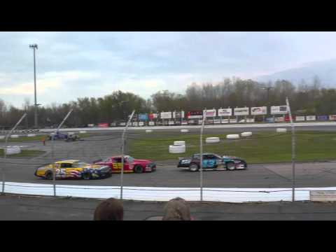 Lake County Speedway Ohio Street Stock Heat #1
