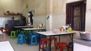 Let's eat Laotian Feu Noodle, Vientiane, Laos 1st Jan 2014