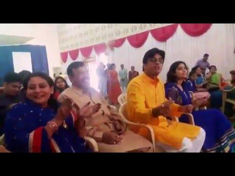 Funny Hindi folk songs for wives.