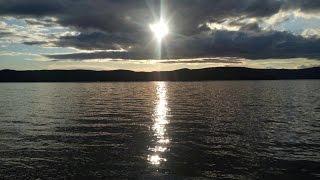 Озеро Тургояк - младший брат Байкала(Озеро Тургояк второе по чистоте воды после Байкала, необыкновенной красоты и силы. Расположено в Челябинск..., 2016-04-26T16:45:06.000Z)