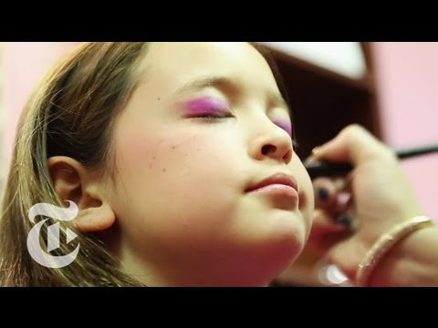 A Glamorous Spa Day for Little Girls | The New York Times