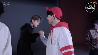 [BANGTAN BOMB] Arm wrestling! WHO IS THE WINNER?! - BTS (방탄소년단)