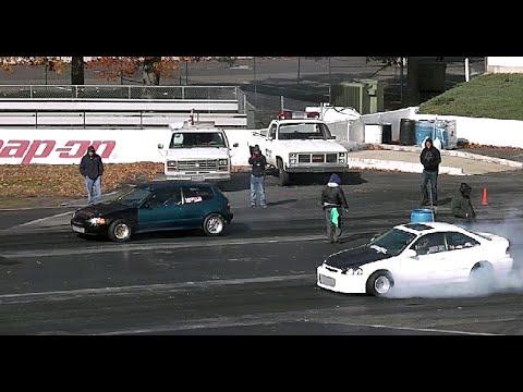 STREET WARS: IMPORT TUNER CARS DRAG RACING