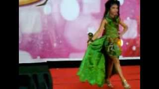 ecy fashion show anak gaun pesta