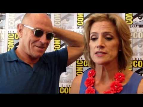 """Psych"" Costars Corbin Bernsen and Kirsten Nelson at Comic-Con 2013"