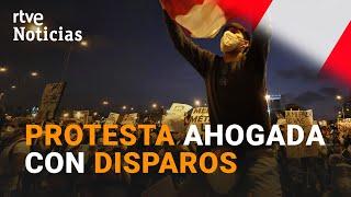2 muertos en las PROTESTAS violentamente reprimidas por la policía en PERÚ| RTVE