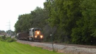 Grand Trunk Western SD40-3 # 5952 Creeps Out of Thiensville, Wisconsin (August 5, 2013)