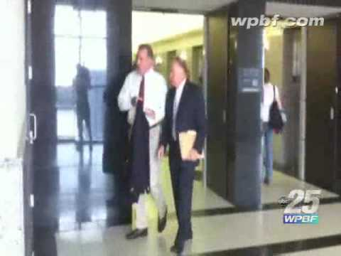 Raw Video: Koons Arrives At County Courthouse