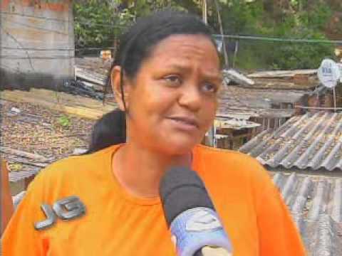 Moradores de área de risco temem chuvas