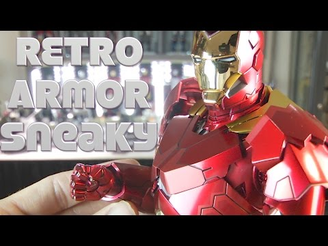 "Hot Toys Retro Armor Mark 15 ""Sneaky"" Iron Man 3 suit unboxing."