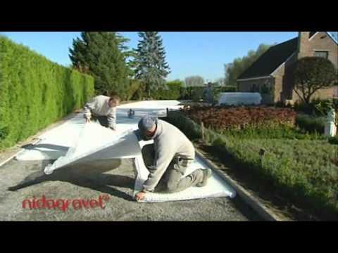 des dalles alv ol es pour stabiliser le gravier doovi. Black Bedroom Furniture Sets. Home Design Ideas
