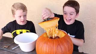 Rattlesnakes in my Jack O' Lantern! Vicious Snake Toys get in to the Pumpkin for Halloween!