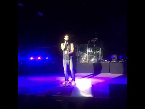 Maroon 5 - Love Somebody (Alaska airlines private event)