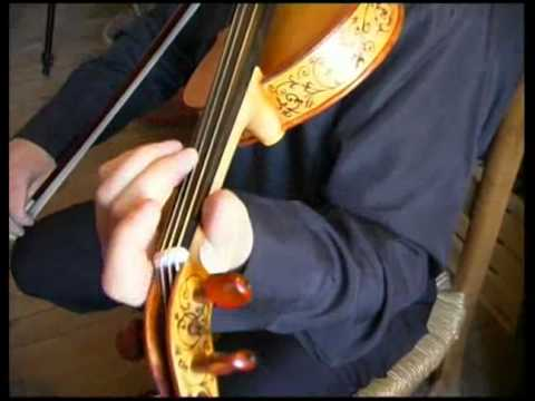 how to play vibrato on violin