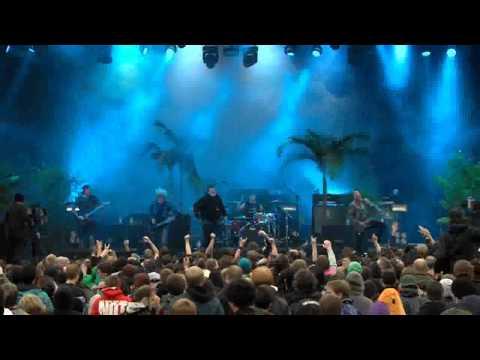 Parkway Drive - Unrest live @Reload Festival 2012