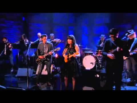 She & Him - Turn To White  06/13/13 Conan O'Brien