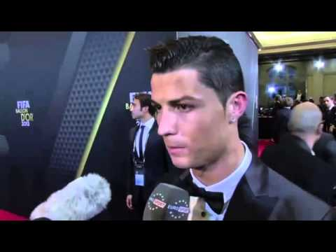 Cristiano Ronaldo dedicates Ballon d'Or win to late Eusébio -- video