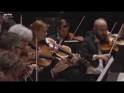 Janine Jansen   Bernstein: Serenade for violin, string orchestra, harp and percussion - LIVE 2017