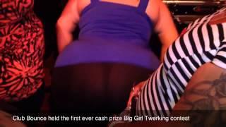 Big booty leggings twerker in Bbw club