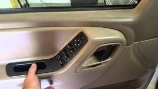 Video 99-04 Jeep Grand Cherokee Door locks-Door Switch-electric windows not working. download MP3, 3GP, MP4, WEBM, AVI, FLV Oktober 2018