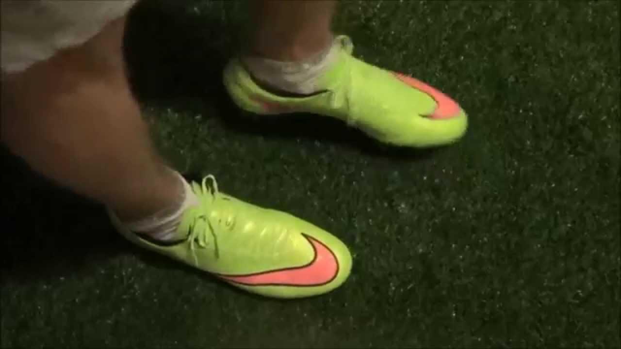 distrito Atravesar Transparente  NEW Nike Mercurial Vapor X FG Unboxing + On Feet (Deutsch) - YouTube