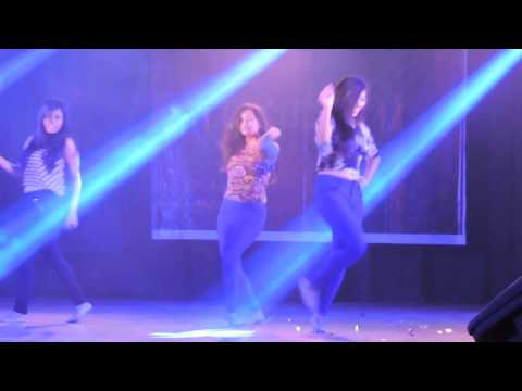 KAMLI AND OTHER SONGS MEDLEY PERFORMED BY JAIPURIYA COLLEGE