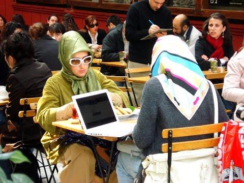 French School Makes Muslim Girl Change Dress thumbnail