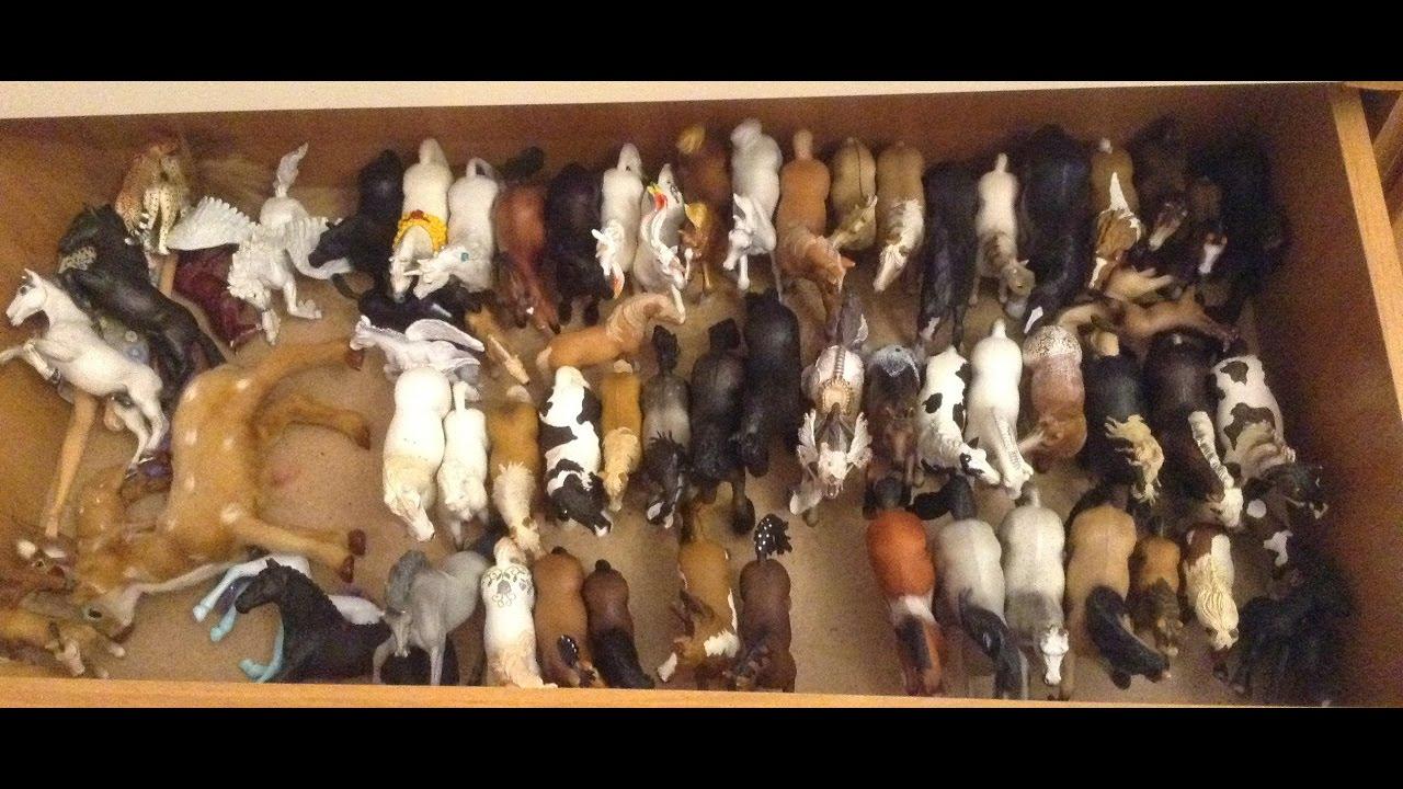 Konik. Ru у нас вы можете купить фигурки лошадей по привлекательной цене. Набор пикап с прицепом для лошади schleich 42346 3+. Вы можете купить игрушечные фигурки лошадей в нашем интернет магазине коник.