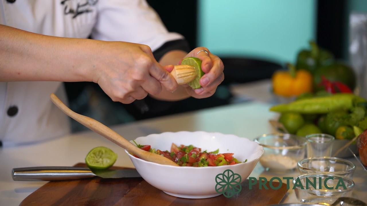 Protanica Cricket Powder in Chef Lee Pijika's All day Breakfast Burrito