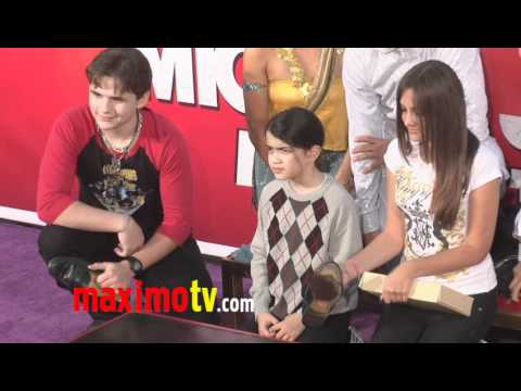 Paris, Blanket and Prince Jackson Michael Jackson Hand And Footprint Ceremony