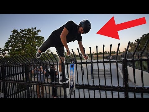 SNEAKING INTO CLOSED SKATEPARK! *ILLEGAL*
