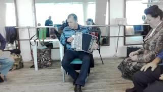 Играет Салим Ибрагимов.