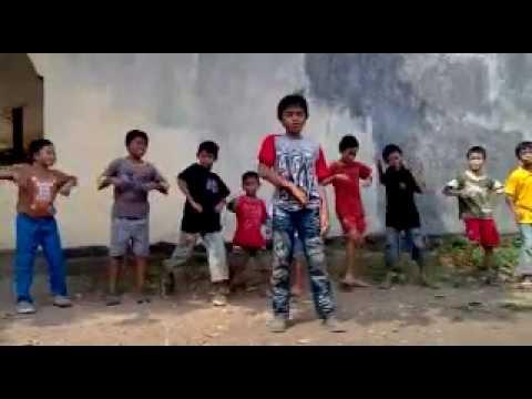 MR SIMPLE VERSI INDONESIA = MR SEMPRUL PARODY - Mr X-Katrok & Super Junior.