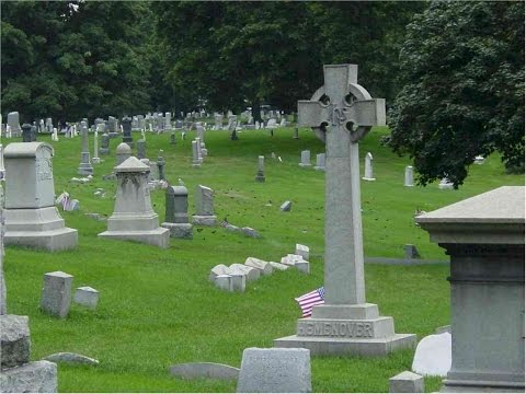 YOUR GUIDE TO CELEBRITY GRAVES IN NASHVILLE, TN