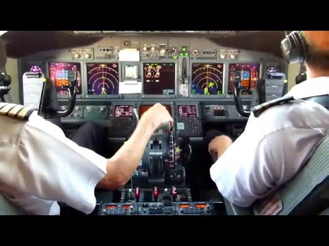 On the Flight Deck Boeing 737 - Evening departure and landing.