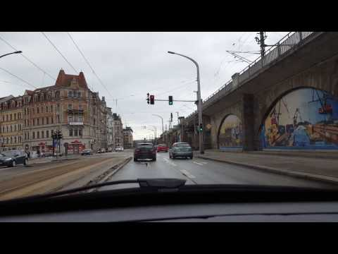 Driving through Dresden / Fahrt durch Dresden