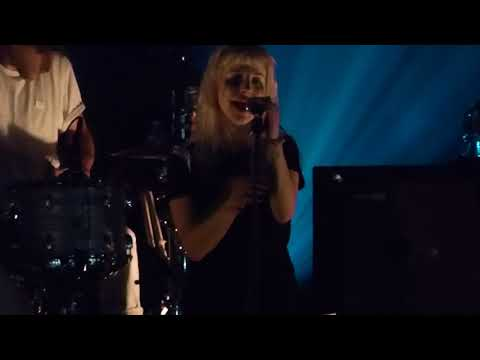 10/19 Paramore - Hate to See Your Heart Break @ The Theater at MGM National Harbor, MD 9/13/17